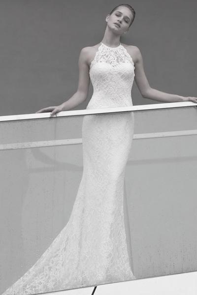 Brautkleid Neckholder