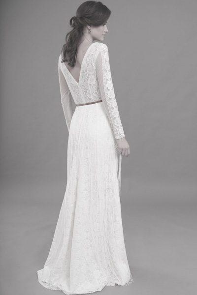 langärmliges Boho-Brautkleid aus Spitze mit Fransen