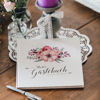 Passendes Gästebuch zur Papeterie