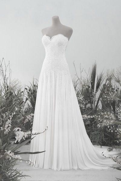 Hochzeitskleid mit Herzausschnitt