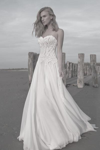 Brautkleid mit Herzausschnitt