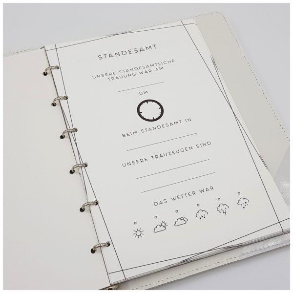 Liebevoll gestaltete Inhaltsseiten für Boho-Stammbuch