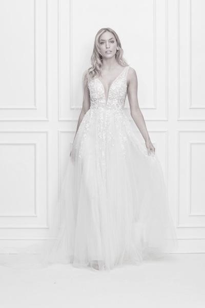Hochzeitskleid tiefer Ausschnitt