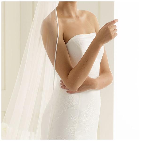 Moderne Brautmoden Accessoires